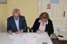 potpisivanje_nacelnik_fazlic_i_ministrica_bogunic.jpg